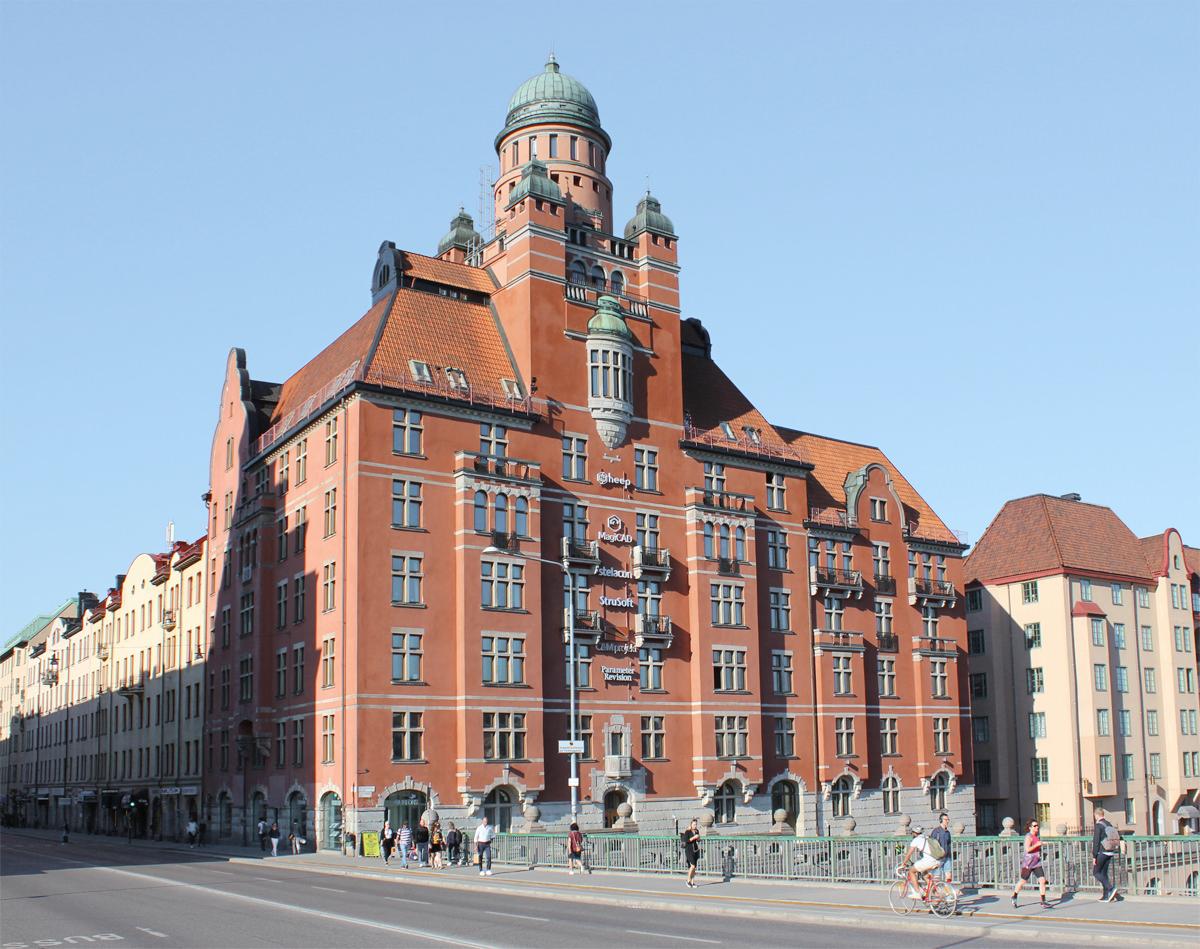 Fastigheten Kättingen 30 på Kungsholmsstrand 127-129 och St Eriksgatan 63 på Kungsholmen.