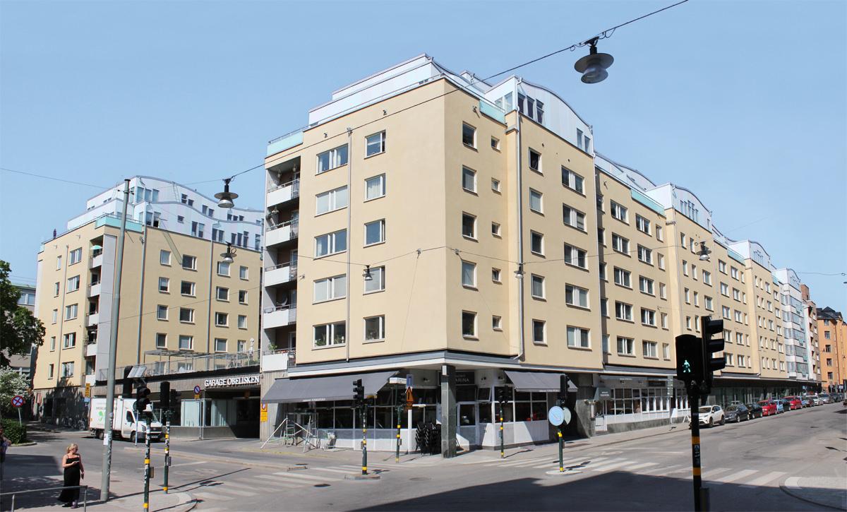 Fastigheterna Obelisken 26-28 på Östgötagatan 48-52 och Gotlandsgatan 47-55 på Södermalm.
